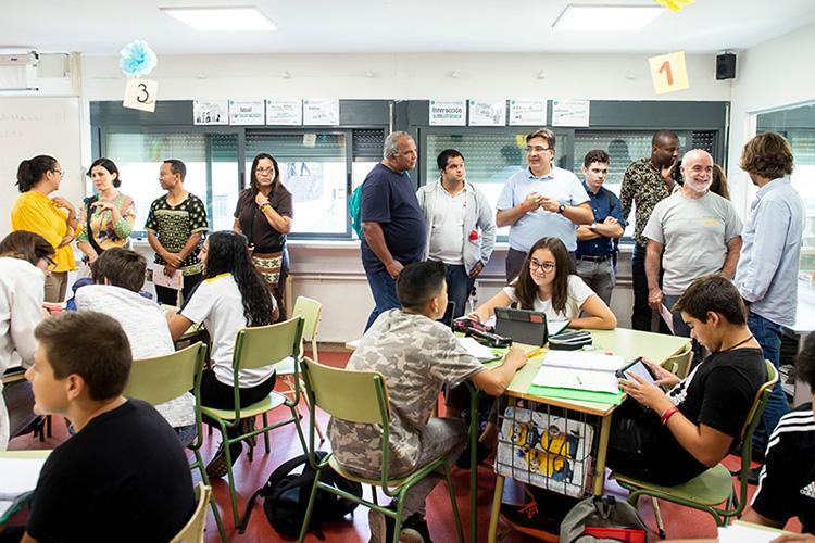 Las directivas y personas delegadas de Fe y Alegría visitan proyectos de las obras sociales del sector social de la Compañía en la Provincia de España